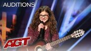 Teenager Sophie Pecora Sings And Raps About Bullying - America's Got Talent 2019-1