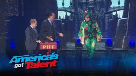 Mat Franco and Penn & Teller Make Magic with Oz, Piff and Derek - America's Got Talent 2015 Finale