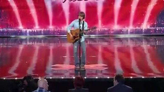 Taylor Matthews, 18 ~ America's Got Talent 2010, auditions Dallas-0