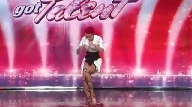 Polina Volchek, 24 ~ America's Got Talent 2010, auditions Chicago-0