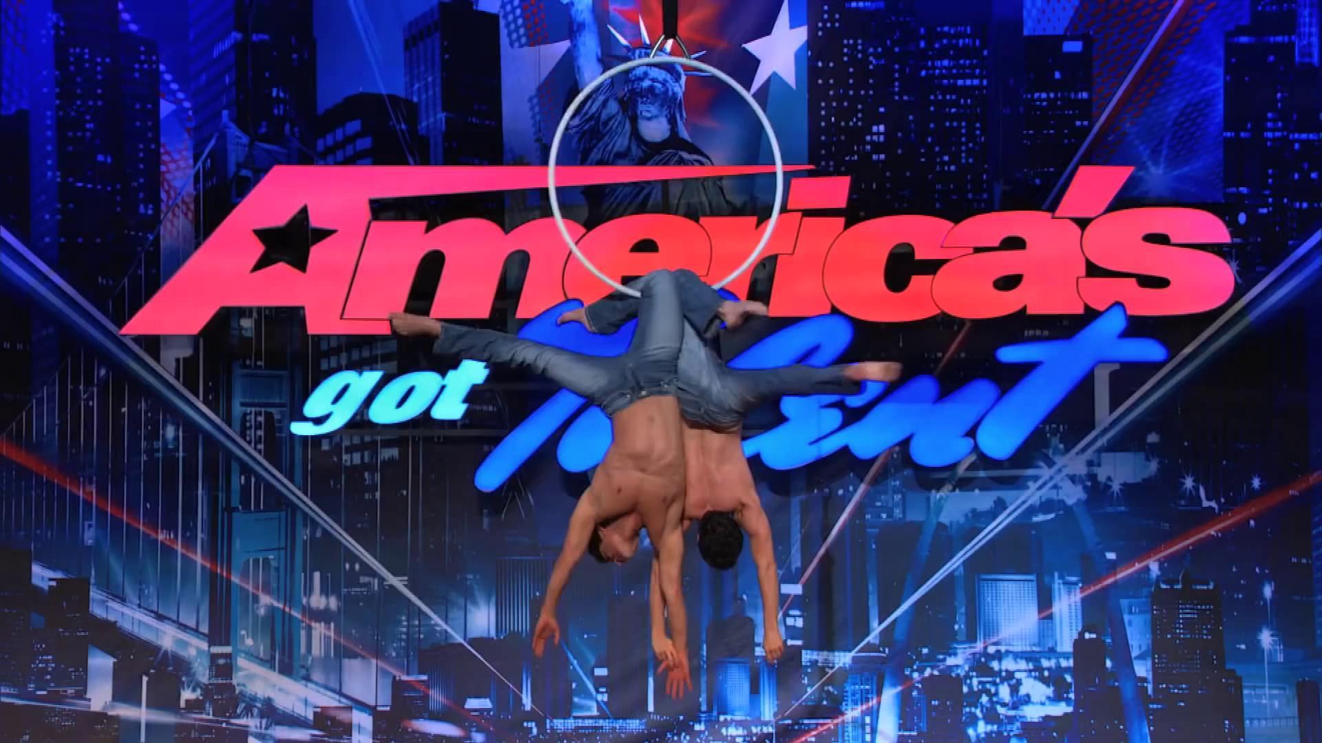 America's Got Talent 2013 - Season 8 - 095 - Tavi & Antonio - Acrobatic Duet Gets Howard and Howie to Kiss
