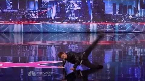 Kenichi Ebina - Matrix Robot Dancer - America's Got Talent 2013 Season 8 Week 3 Auditions