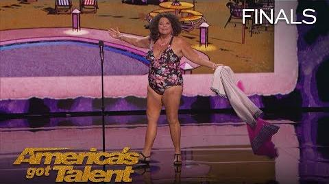 Vicki Barbolak Comedian Transforms Finale Into Swimsuit Contest - America's Got Talent 2018