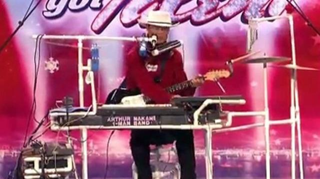 Arthur Nakane, 73 ~ America's Got Talent 2010, Final Auditions