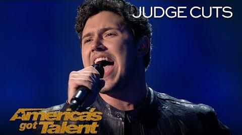 "Daniel Emmet Vegas Singer Dazzles Crowd With ""Caruso"" - America's Got Talent 2018"