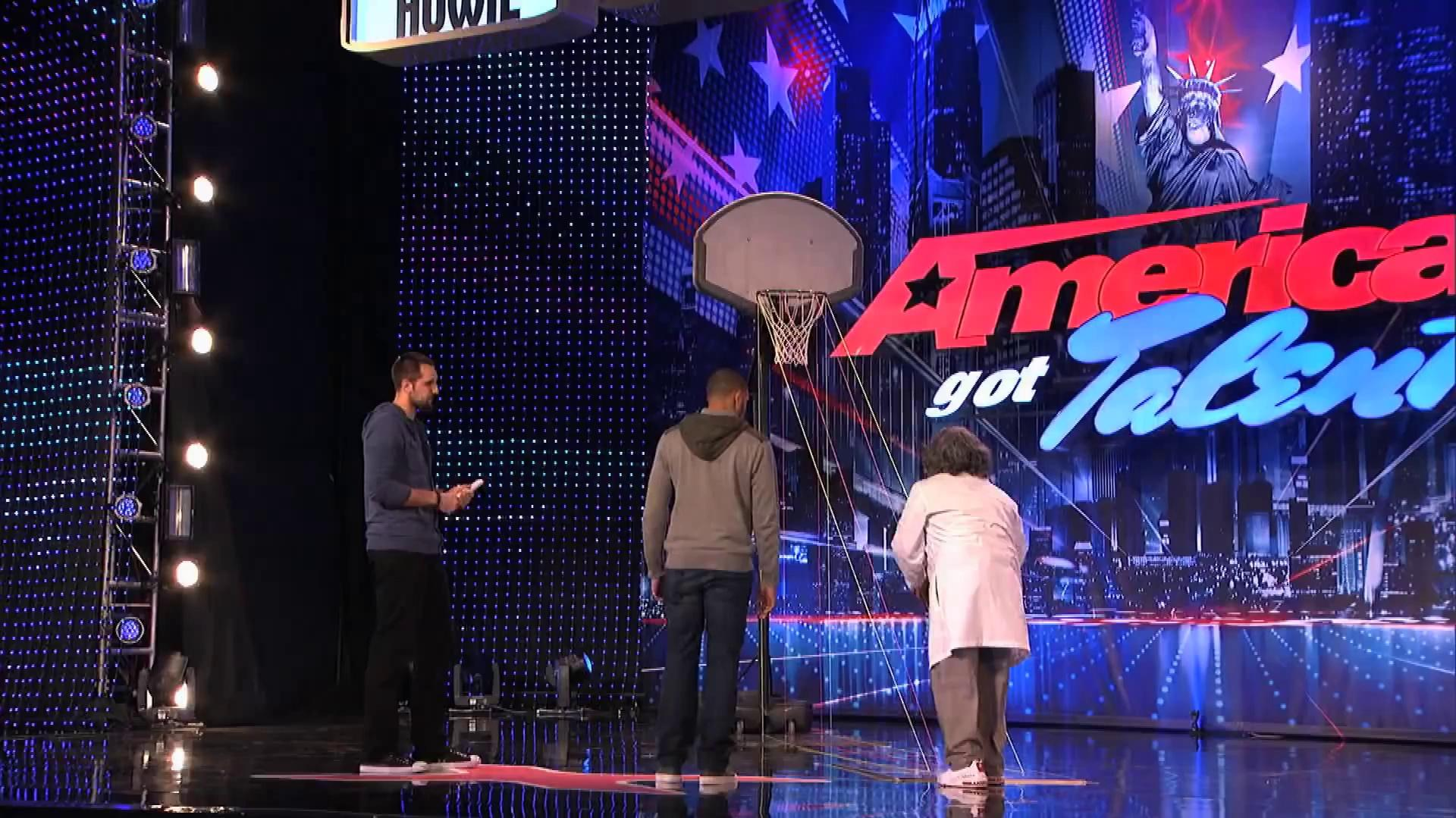 America's Got Talent 2013 - Season 8 - 090 - Jesus B-Ball Gets Howard Stern to Shoot Free Throws