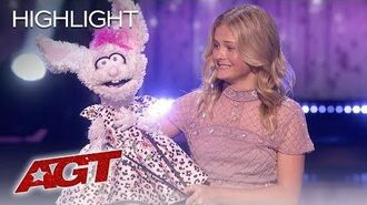 """Darci Lynne Farmer Performs """"It's A Man's World"""" On The AGT Live Shows! - America's Got Talent 2019"""