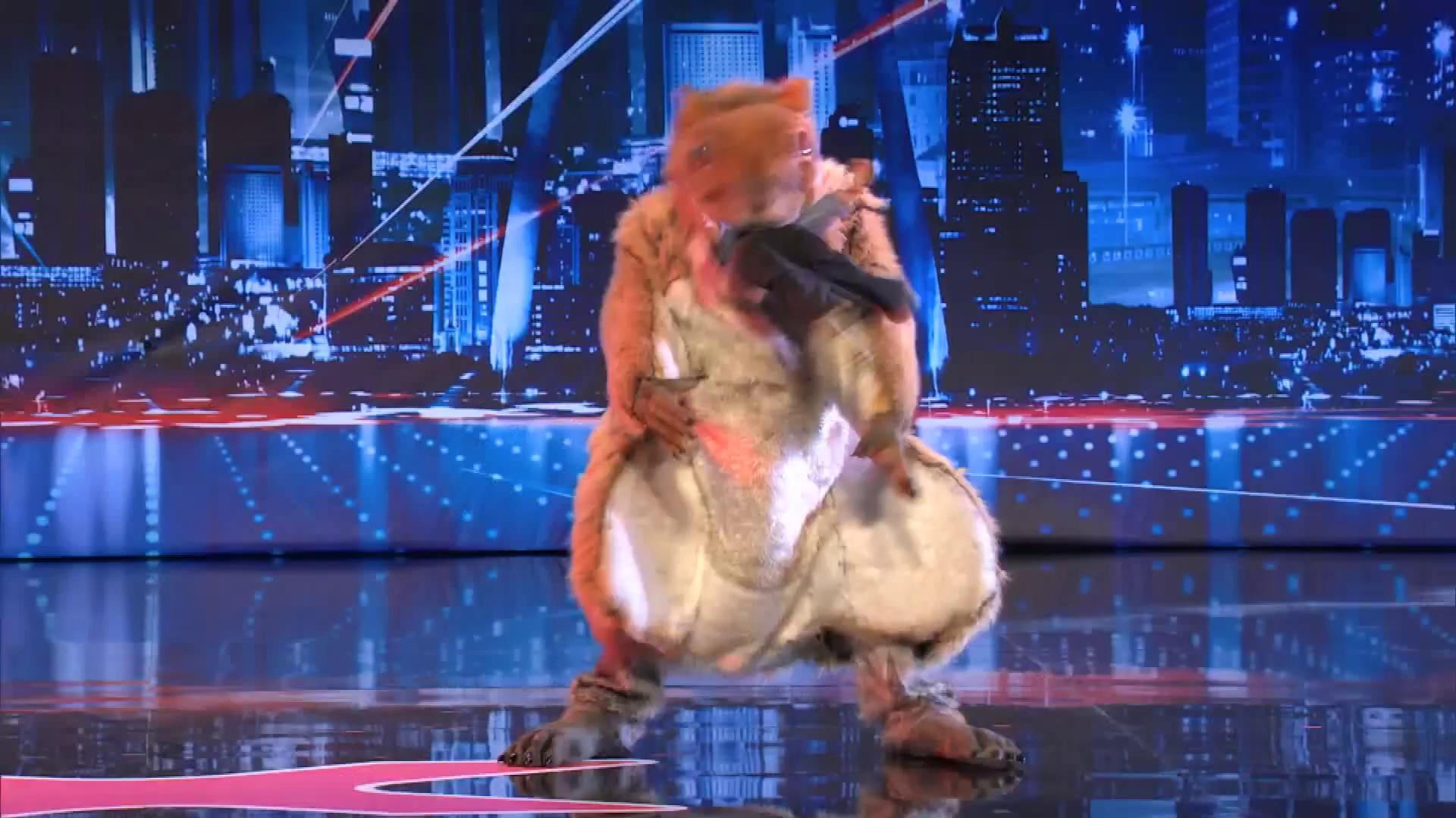 America's Got Talent 2013 - Season 8 - 103 - Johnny Jetpack - Giant Squirrel Swallows a Little Boy