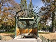 Metro station entrance (édicule Guimard) Porte Dauphine Paris 16e 002