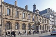 Façade du lycée Condorcet, Paris 12 mars 2014