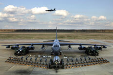 800px-B-52H static display arms 06