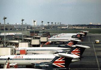 BEA-Tridents-Heathrow 4 73 w