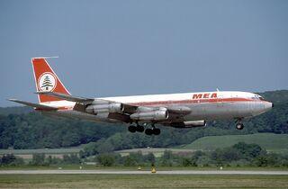 MEA Boeing 720 Marmet-1