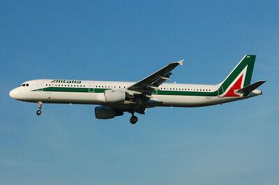 Alitalia Airbus A321 I-BIXT