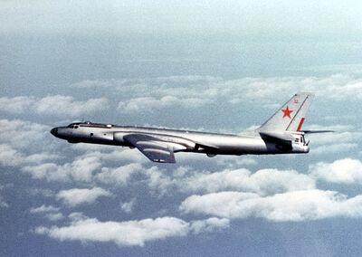 800px-Tu-16 Badger E