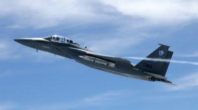 Boeing F-15SE Eagle In Flight-1-