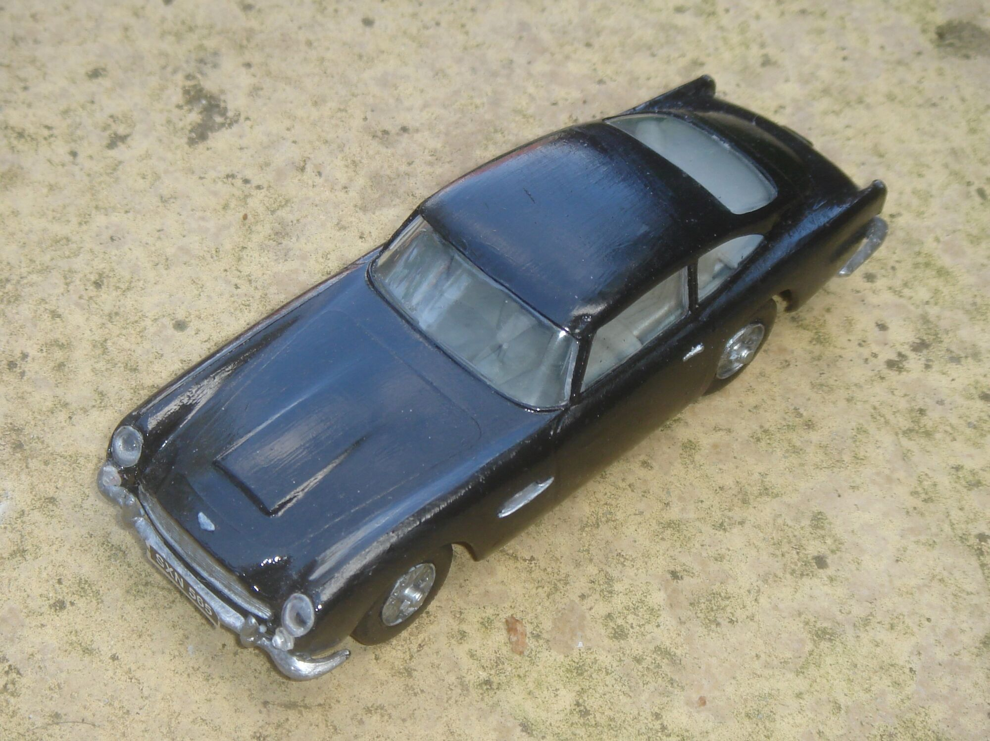 Aston Martin DB5 Starter Set (A50089) | Airfix Wiki | FANDOM Powered By  Wikia