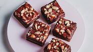 Chocolate-almond-brownies