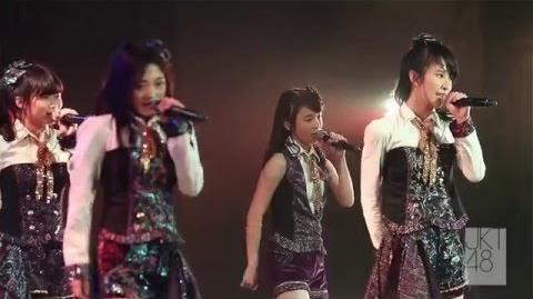 JKT48 Live Performance Sakura no Hanabiratachi (Team J)