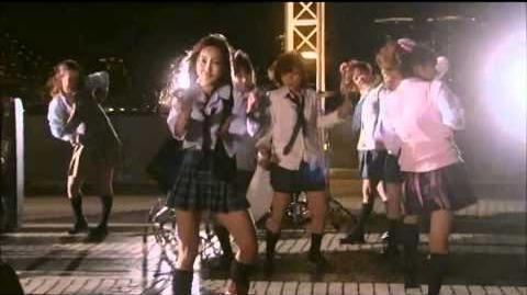 Love♡Wars - 板野友美 & 河西智美 (Queen & Elizabeth)