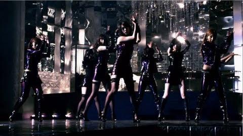 「女神はどこで微笑む?」MV AKB48 公式