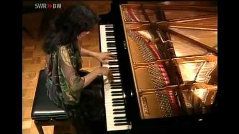 MITSUKO UCHIDA Mozart Piano Sonata in D major K.576