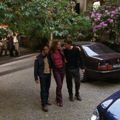 Semir, Tom und Andrea gehen gemeinsam in den Feierabend.