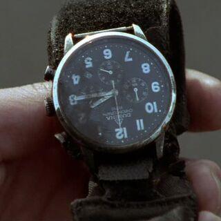 Bei einem toten Gangster findet man eine SEK-Uhr.