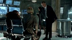 1x01 - Pilot 230