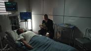 1x07 - Johnny McKee 224