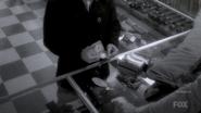 1x02 - Ernest Cobb 155