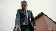 1x02 - Ernest Cobb 352