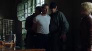 1x07 - Johnny McKee 112