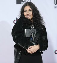 Alessia Cara at the MTV EMAs (4)