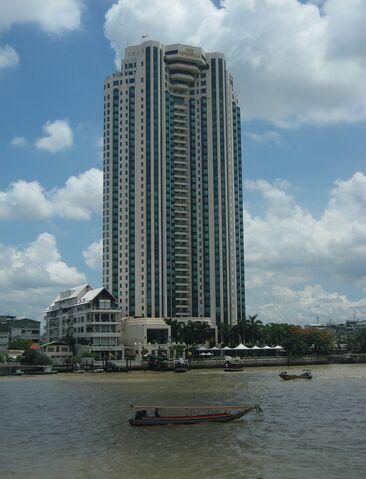 File:The Peninsula Bangkok.jpg