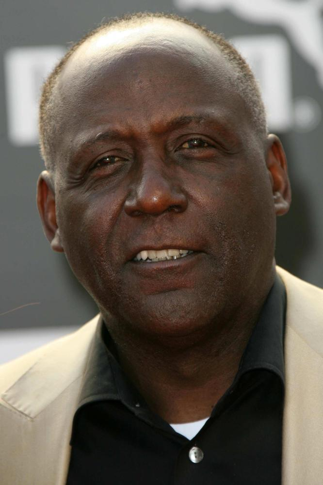 The 75-year old son of father (?) and mother(?), 188 cm tall Richard Roundtree in 2018 photo