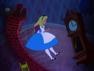 Alice-in-wonderland-disneyscreencaps.com-599