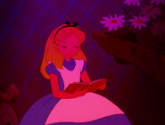 Alice-in-wonderland-disneyscreencaps.com-591