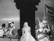 Alice Au Pays De Merveilles Bunin 1