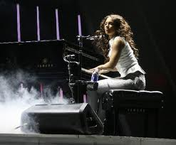 File:Alicia playing piano.jpg