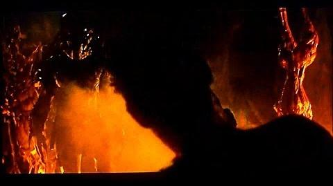 PREDATORS Scene Royce vs Berserker Predator