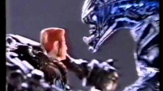 Kenner's Aliens Commercial 2 - Flying Queen, Atax