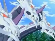 Se busca un bakugan mecanico con 3 cabesas Reconpesa???