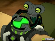 Azmuth arreglando el omnitrix
