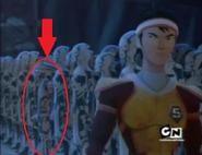 Quardian intentando esconderse de Zoom integrandose a los armasones de los Sentients azules y quedandose quieto