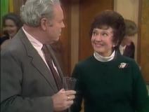 AlTF 3x18 - Archie meets Edith's old classmate Arlene