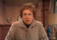 AITF 2x8 - Edith tells Archie's joke