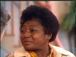 Muade ep. 1x3 - Esther rolle as Florida