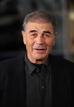 Robert-forster-in-girl-walks-into-a-bar-large-picture-number-1