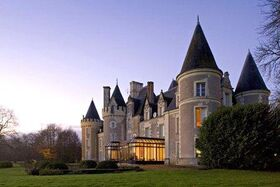 Chateau Des Sept Tours Hotel Courcelles De Touraine France Tours